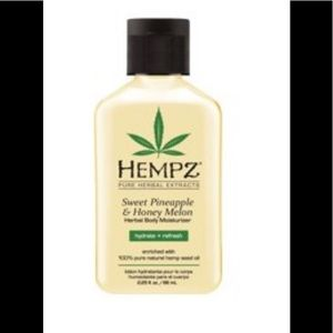 Hempz Sweet Pineapple and honey melon lotion